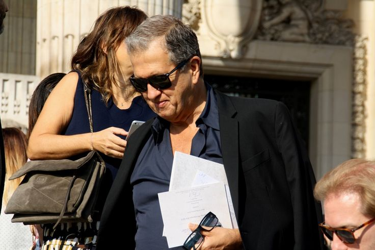 Mario Testino at Chanel. Paris Fashion Week Streetstyle, by Lois Spencer-Tracey of Bunnipunch