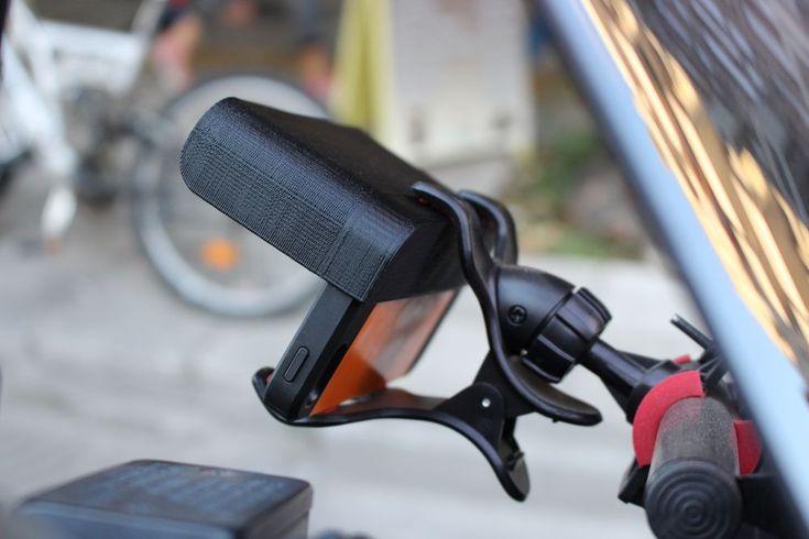 Σκίαστρο που τοποθετείται και κουμπώνει σε συσκευές κινητού/πλοηγού ή στη θήκη τους. Ιδανικό για τη χρήση GPS κατά την οδήγηση / 3d printed sunshield for gps device