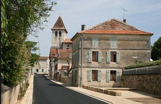 Vanxains, near Riberac