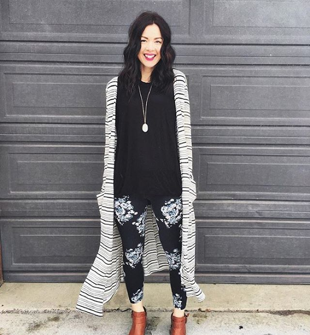 LOVE this black and white print-on-print outfit brought to you by @lularoemadison....finished off with brown boots, so good! #lularoeprintonprint #lularoe #sarahcardigan #LuLaRoeleggings