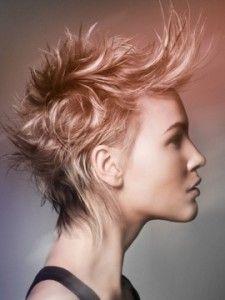 Un taglio corto selvaggio per tutte le donne alla moda! | http://www.taglicapellicorti.net/tagli-capelli-corti/taglio-corto-selvaggio-per-tutte-donne-moda/15/