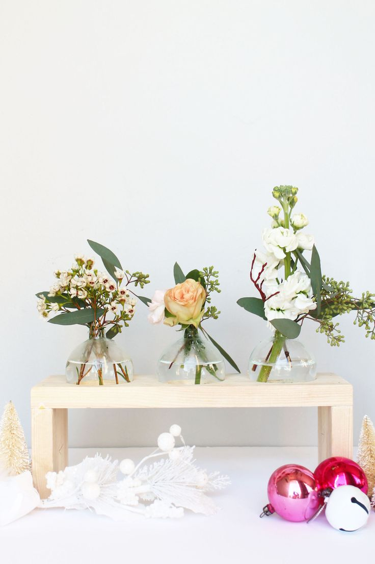 Have extra glass christmas ornaments? Make a wooden stand and turn them into glass bud vases! | Squirrelly Minds