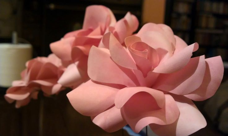 Paper roses, detail - Rose in carta, dettaglio - #paper #flowers #flower #paperflowers #handcraft
