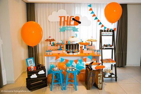 Essa foi a festa que preparei para o meu filhote Theo comemorar seus 3 anos! Ele é simplesmente doido pelo Dusty Voo Rasante do filme Aviões e sua cor favorita é laranja por causa do Dusty! Esse foi o primeiro ano que ele escolheu o tema a festinha dele, antes mesmo de eu perguntar qualquer […]