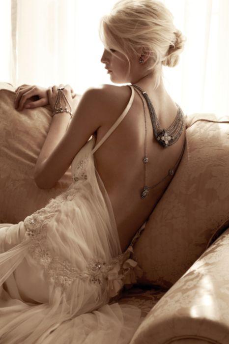 Love...Soft hair, makeup, gown #vera #wang