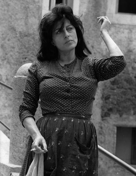 Anna Magnani was born in Rome but her grandparents were native of Ravenna. Saturday, March 11, 2015 Mayor Fabrizio Matteucci inaugurated in his honor , the Piazzetta Anna Magnani.