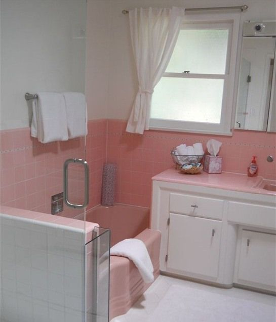 25 best ideas about 1950s bathroom on pinterest mint for Bathroom ideas 1950s
