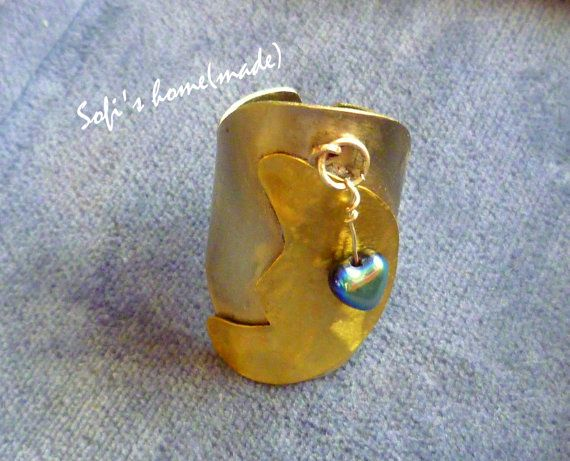 Handmade alpaca ring with a brass moon and a glass bead-heart plus free gift