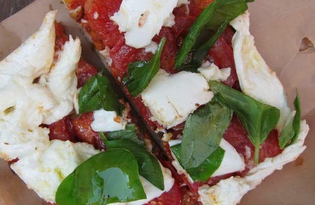 LOTS of pizza suggestions   Elizabeth Minchilli in Rome: best pizza in rome {2013}