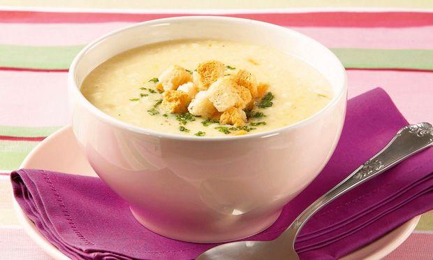 Receita de Sopa cremosa de queijo - Sopa e caldo - Dificuldade: Fácil - Calorias: 265 por porção