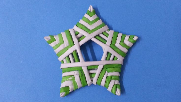 Learn to make theses cute stars woven with paper tubes. Weave stars to decorate your home at Christmas or any time of year. These stars can be made in any si...