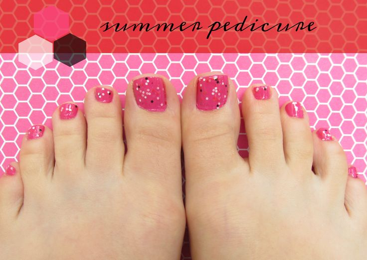 Hot Pink & Blank Summer Pedicure (plus the best nail polish color combinations for pedicures)!
