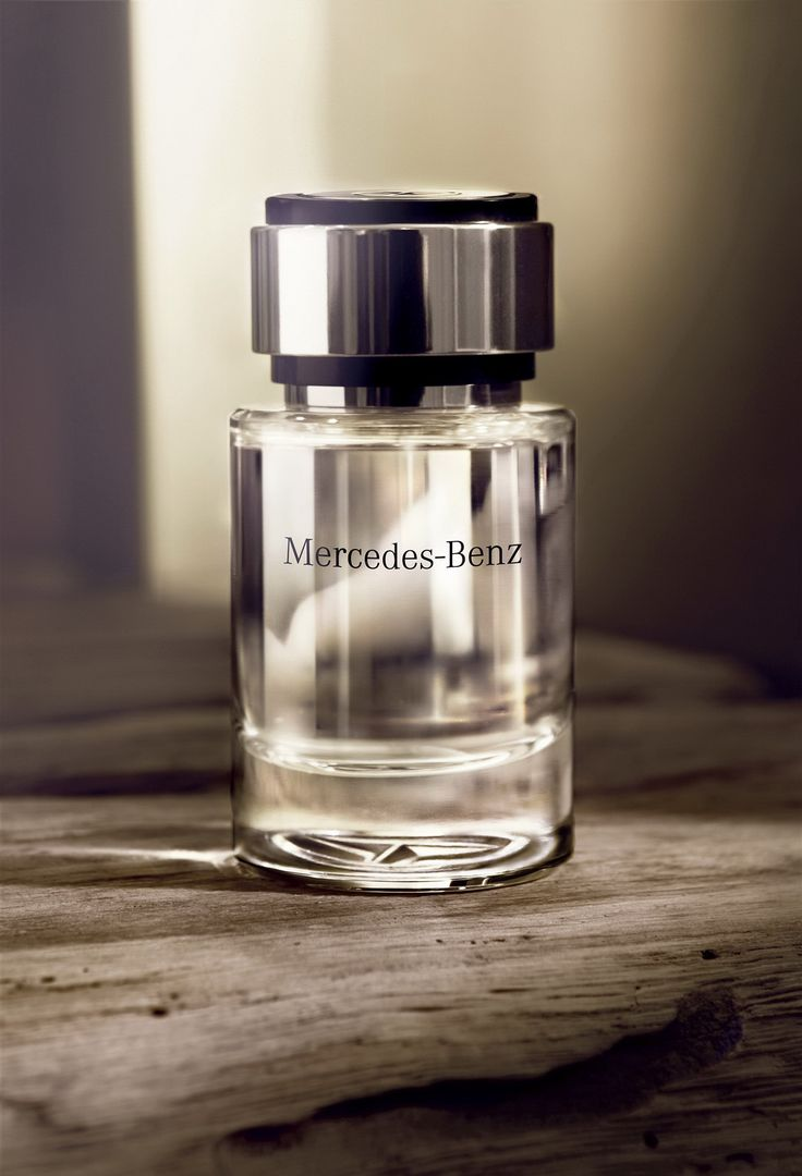 Mercedes-Benz-Blog: Available from specialist perfume retailers from the first quarter of 2012: Mercedes-Benz launches new fragrance brand