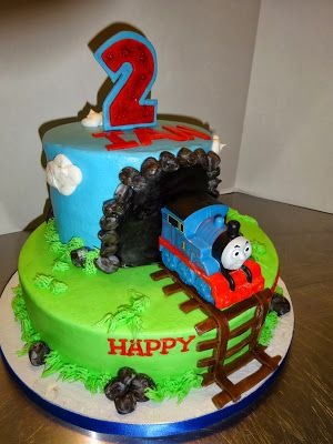 Cakes by Paula: Thomas the Train birthday Party