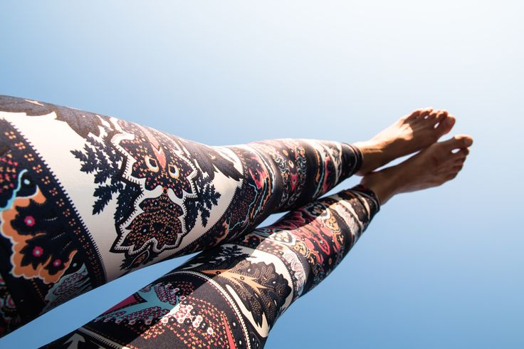 Beautiful leggings in the Heaven :-)  LIQUIDOACTIVE