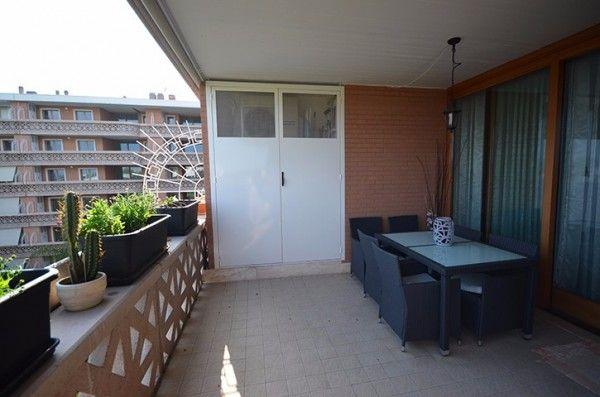 Vendita Appartamento Roma. Quadrilocale in via Flaminia 964. Nuovo, quarto piano, posto auto, terrazza, riscaldamento centralizzato