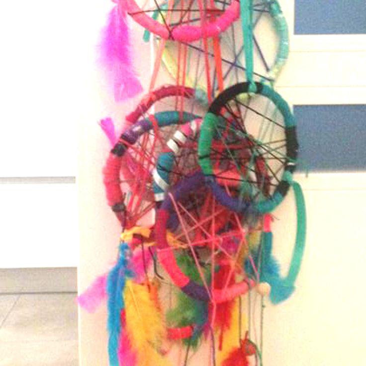 Children's artworkshops. Making dreamcatchers. Children's party. www.facebook.com/meestertjes