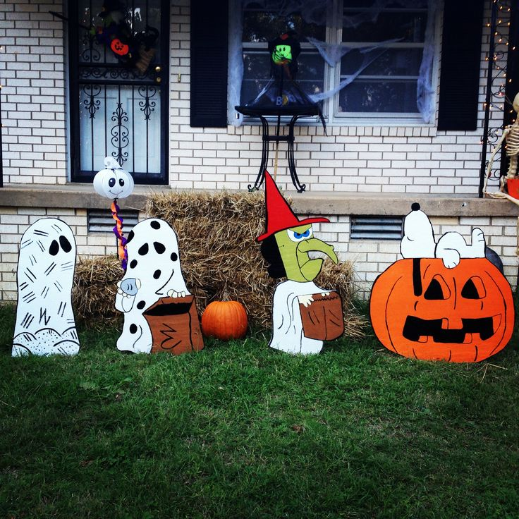 "Our ""It's the Great Pumpkin, Charlie Brown"" yard art we made."