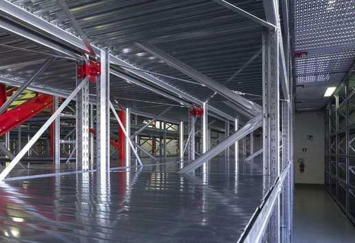 Scaffalature metalliche per magazzino e archivio