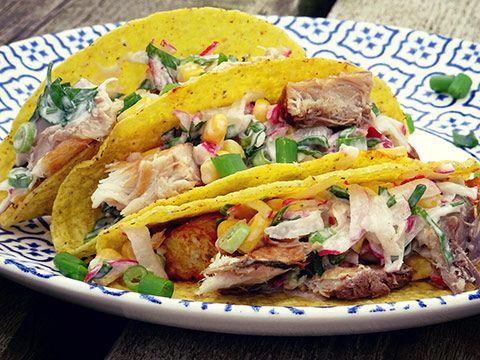 Taco's met gegrilde meiraapjes, makreel en maïssalade #Avogelrecepten