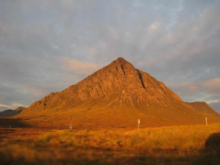 Beautiful sunrise in Glencoe enroute to Munros 100 and 101, September 2012