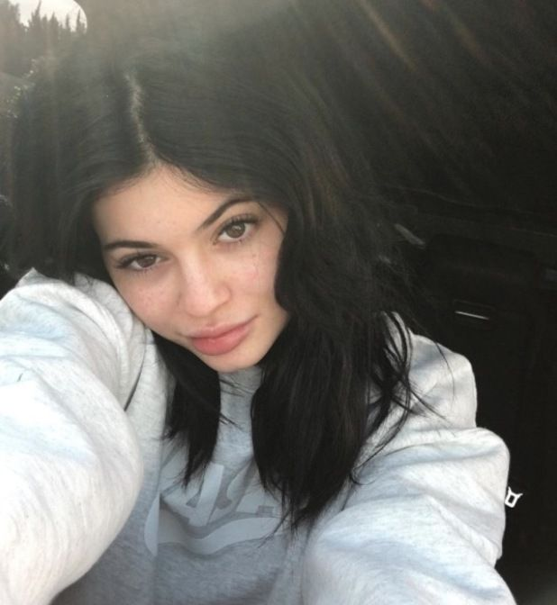 Kylie Jenner shares no make-up selfie to show off her freckles, 8th March 2016