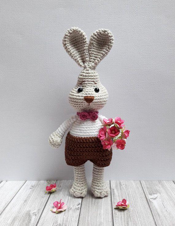Mimi the little bunny amigurumi pattern - Amigurumipatterns.net | 735x570