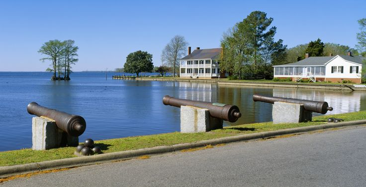 This colonial-era town sits on North Carolina's Inner Banks and features an 1886 river lighthouse.   - CountryLiving.com