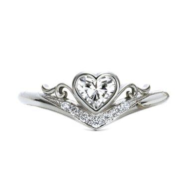 ティアラ・カーロ(型番ID:RANS-559)の詳細ページです。結婚指輪・婚約指輪ならケイウノ。ブライダルリング(マリッジリング、エンゲージリング)やネックレス・ブレスレットやディズニー・メモリアル・メンズといった様々なアクセサリー・ジュエリーを取り扱っています。ジュエリーのアレンジ・フルオーダー・リフォーム・修理も、オーダーメイドブランドのケイウノにお任せください。