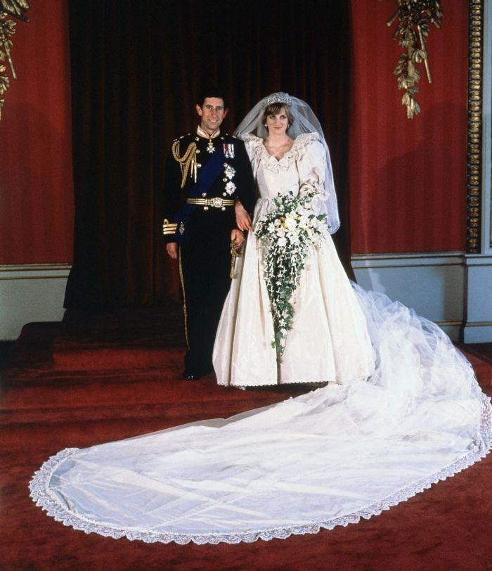 Vintage Brautkleider Fur Ihren Ganz Speziellen Tag Im Leben Prinzessin Diana Hochzeit Konigliche Hochzeitskleider Brautkleid Vintage