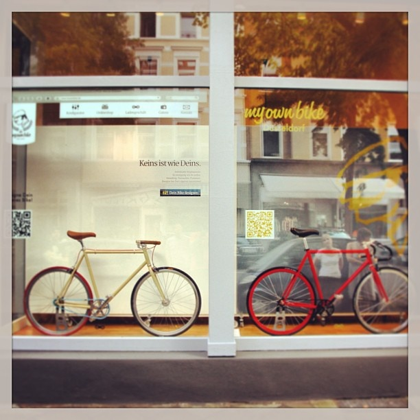 #shop, #website, #conceptstore, #düsseldorf, #bilk, #fixieporn, #lorettostraße, #fixedgear, #singlespeed, #agentur, #fahrradladen, #showroom, #myownbike, #fixielove