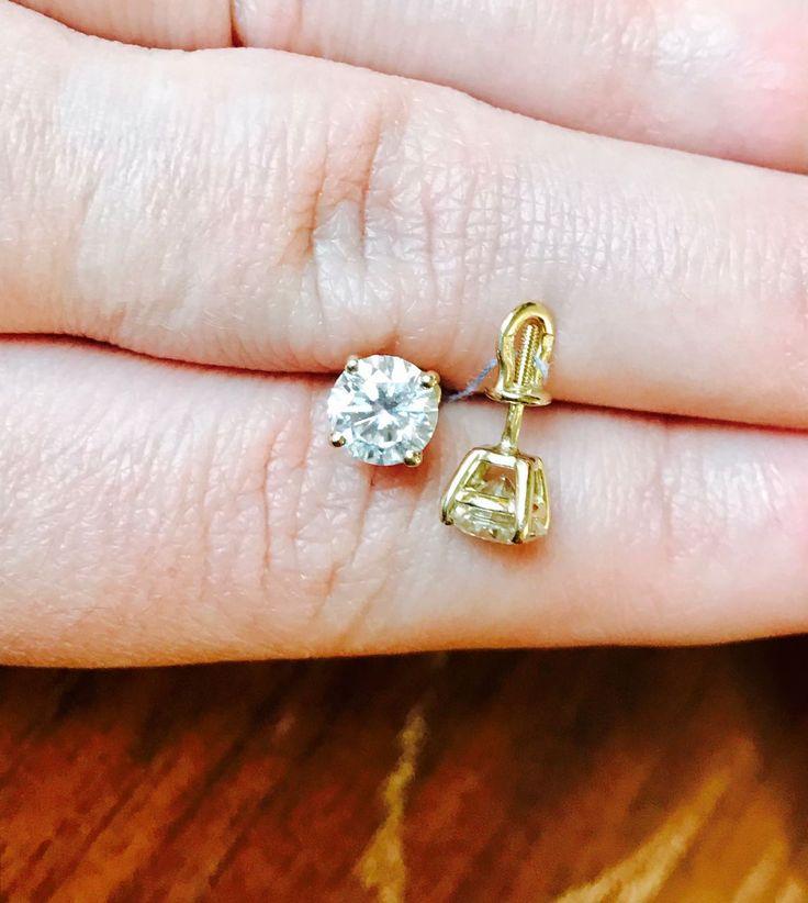 Пусеты муассанит цвет Е Форевер Оне чистота VVS1 +79161111030 WhatsApp Инстаграм gold_moissanitehaus_diamond изготовление ювелирных украшений любой сложности