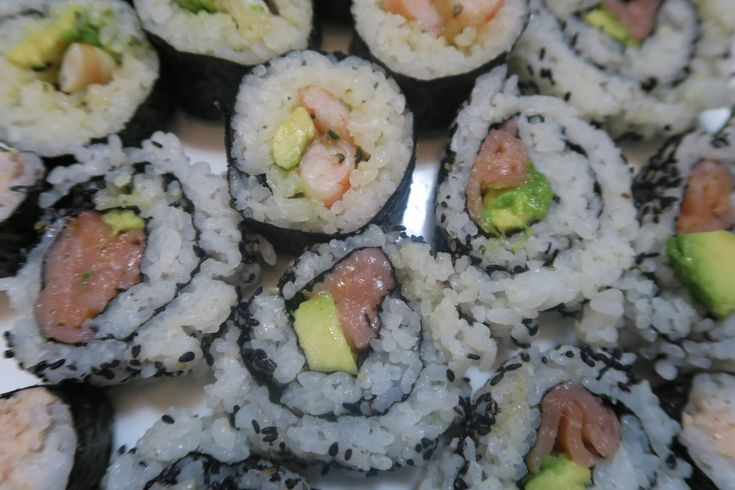 Sushi makes a delicious gluten free lunch, dinner or snack. Homemade gluten free sushi is scrumptious & simple to make. Here's how!