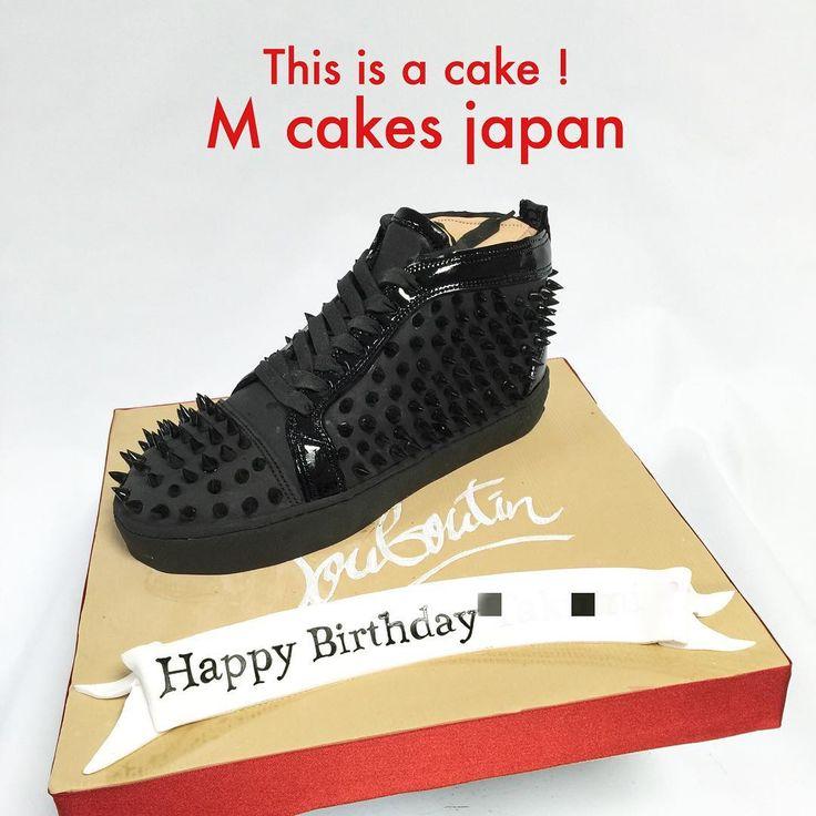 #louboutinsneaker #cake #louboutincake #louboutin #kicks #fondantcake #fashion #sneakercake #ルブタン #スニーカー #誕生日ケーキ #ファッション #ルブタンケーキ #スニーカーケーキ