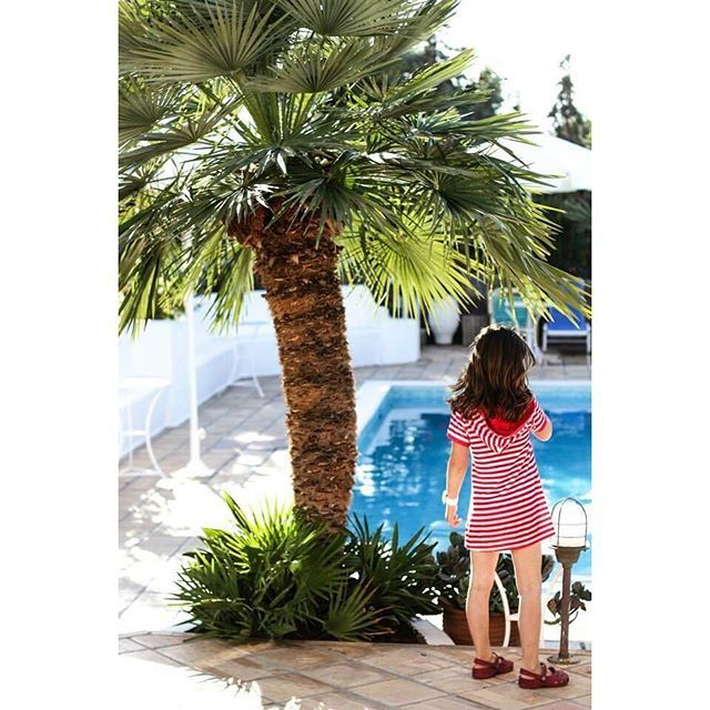 Beautiful little guests ☺️ #villaippocampi #ippocampi #hotel #boutiquehotel #boutiquehotels #exclusivehotel #smallhotel #smallhotels #summer #travel #Greece #crete #island #greekisland #greekislands #pool #kid #children #kids #girl