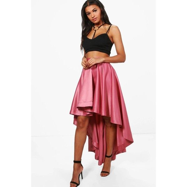Boohoo Annia Satin Dipped Hem Full Maxi Skirt ($25) ❤ liked on Polyvore featuring skirts, long pleated skirt, long white skirt, hi low maxi skirt, pleated mini skirt and long white pleated skirt