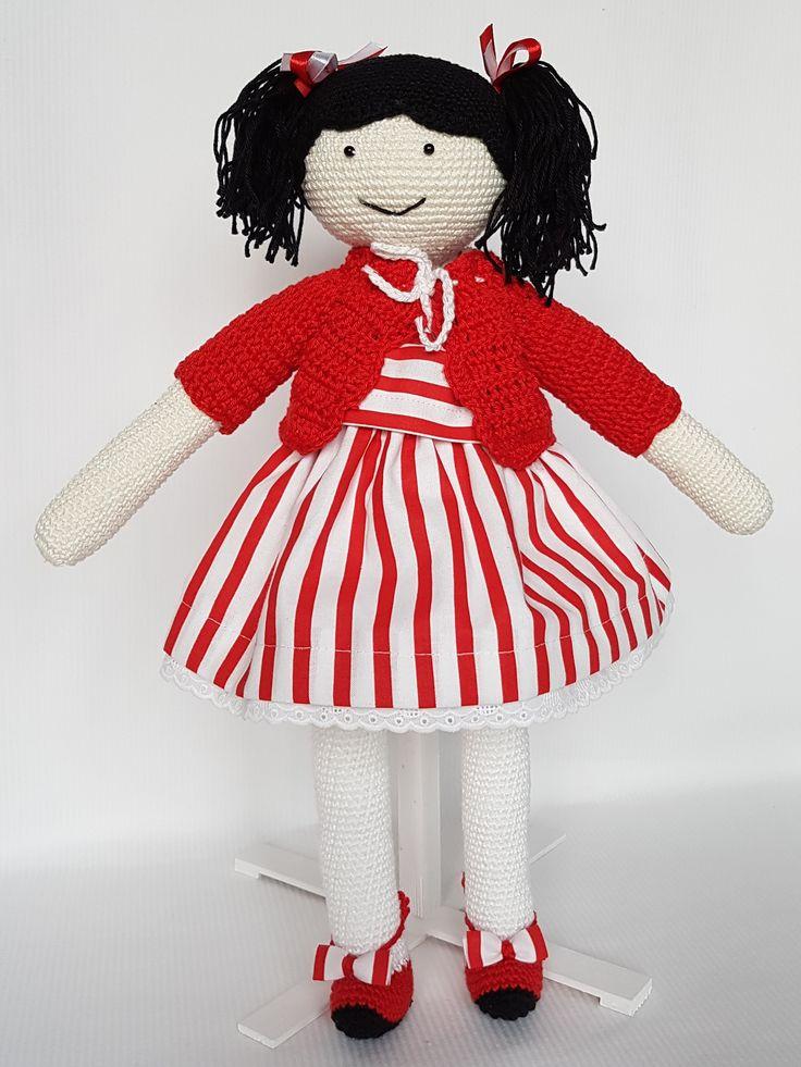 Crochet doll Amanda. Lalka zrobiona na szydełku Amanda. hand made dolls cotton crochet toy gift girl lalki szydełko zabawka ręczna praca ręczne robótki bawełna