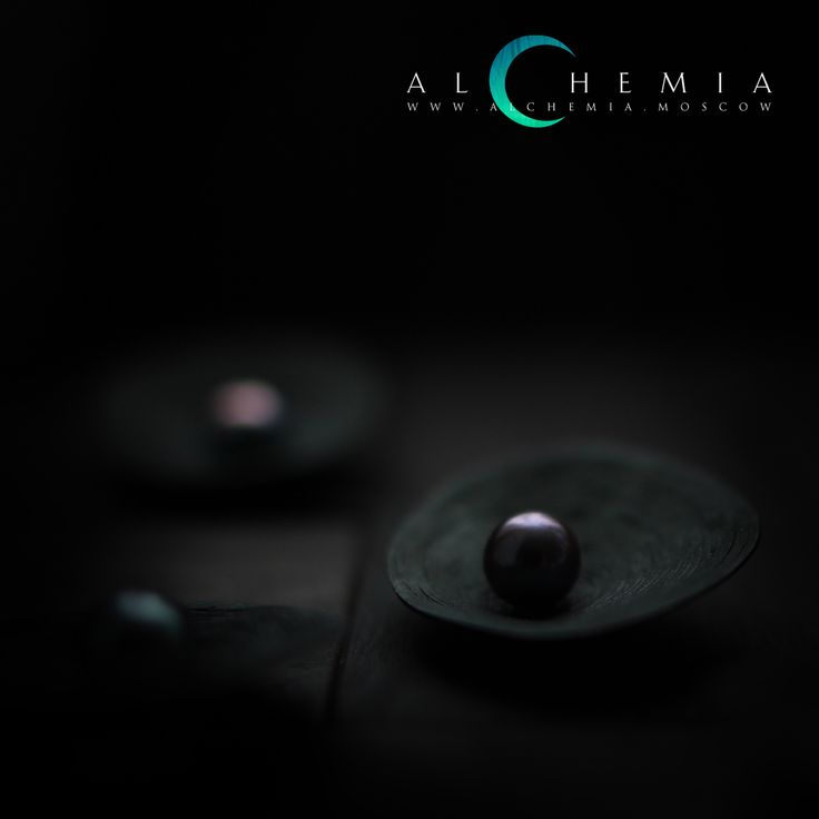 The Clay ring. Blackened silver. Handmade by Alchemia Jewellery.