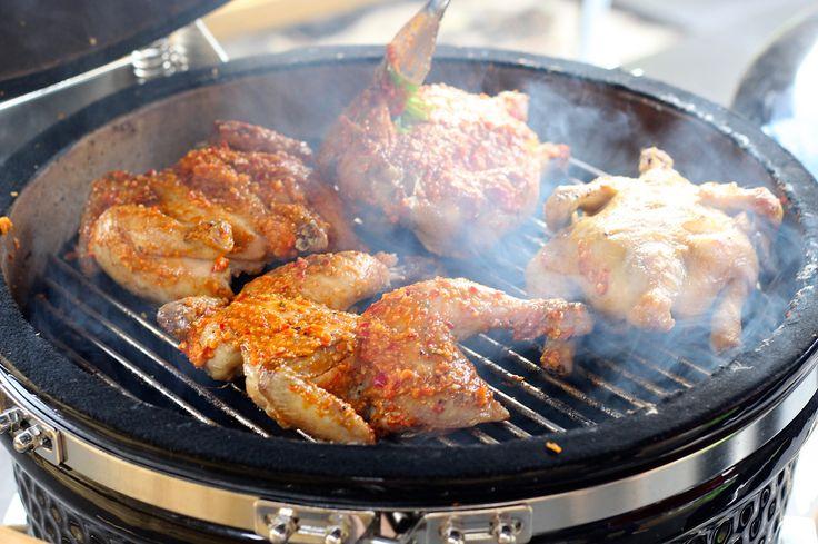 In de Algarve, specifiek in Guia, heb ik de geheimen van kip piri-piri ontrafeld. Uiteraard heb ik daarna mijn eigen kip piri-piri recept gemaakt.