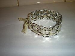 Pop Tab Bracelet Tutorial: Coke Tabs Crafts, Pop Tabs Bracelets, Bracelets Tutorials, Crafts Ideas, Tabs Wristband, Crafty, Make Jewelry, Pop Taps, Handmade Jewelry