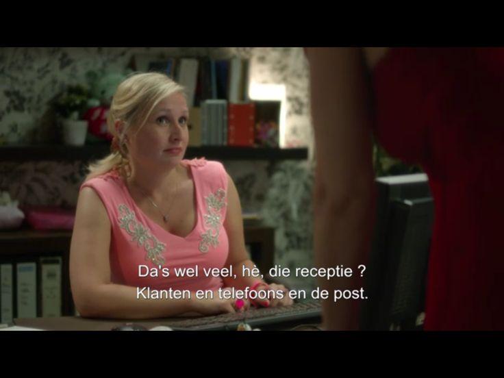 Linde van As, directie secretaresse... en boekhoudster😂😂