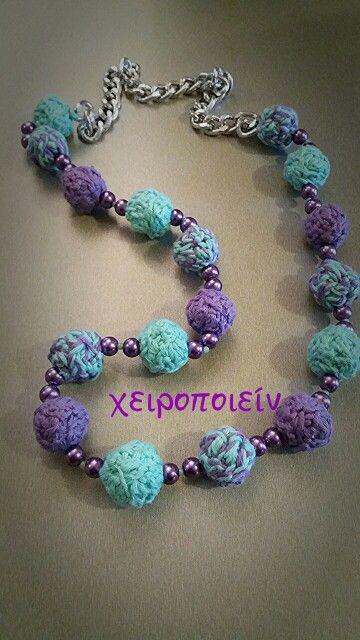 Πλεκτό  κολιέ με χειροποίητες χάντρες  με βελονάκι   Crochet necklace Χειροποίητα κοσμήματα