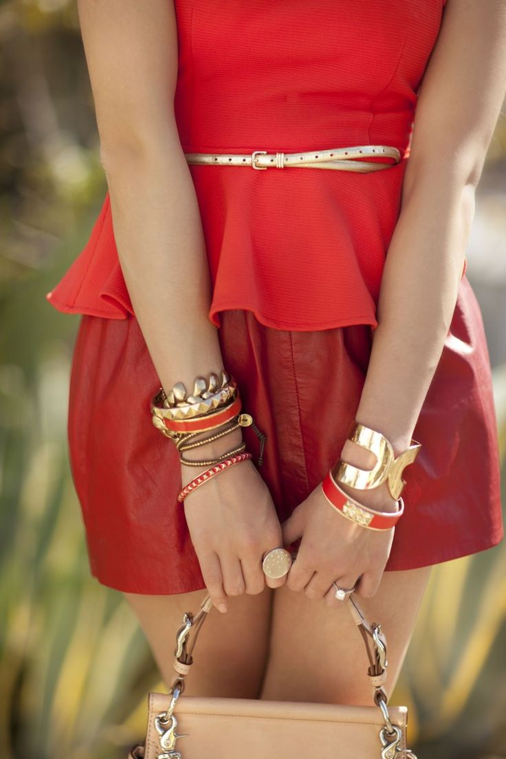 Red danger.: Arm Candy, Peplum Tops, Fashion Style, Leather Skirts, Street Style, Shades Of Red, Accessories, Red Gold, Belts