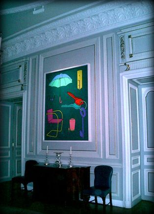 The British Ambassador's Residence in Vienna features artwork lit using Absolute Action's bespoke fibre optic lighting systems.