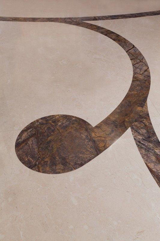 Technologia WaterJet pozwala na wycinanie min. w kamieniu wszystkich kształtów oraz wzorów. WaterJet technology allows to cut out in stone (other materials too) all kinds of patterns and shapes.