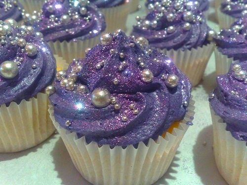 These look princess-y! Add the glitter and pearls to the sleeping beauty cupcakes?