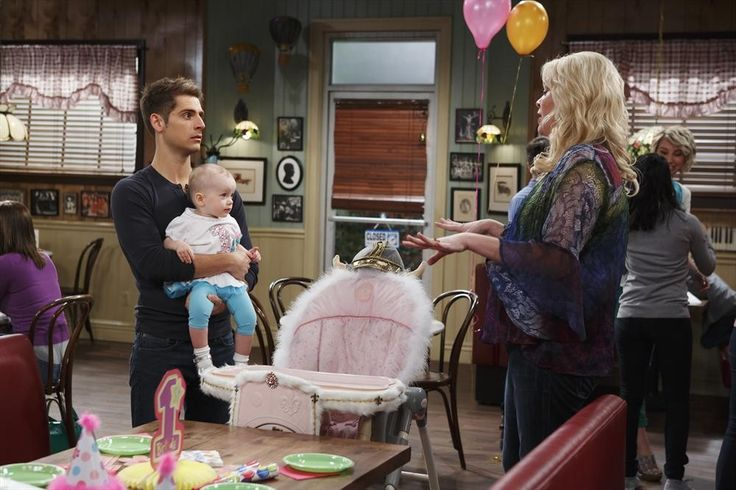 Baby Daddy Season 3 Spoilers: Riley Tries to Find Her Biological Father