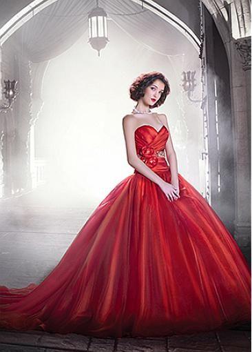 Stunning Organza Satin Sweetheart Neckline Ball Gown Wedding Dress With Handmade Flowers