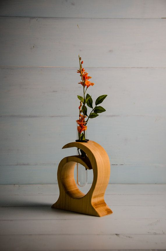 Best 25 Wood Vase Ideas On Pinterest Hanging Plant Diy Wall Plant Holder And Hanging Plant Wall