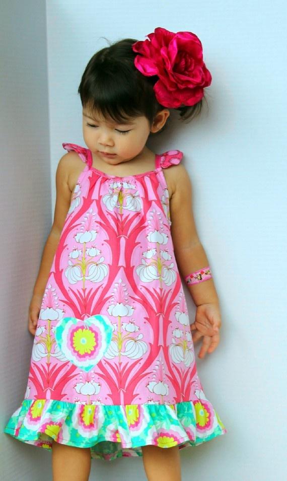 Heart Pocket Amy Butler Summer Dress by maninisunshine on Etsy, $32.00: Summer Dresses, Girls Garment, Pockets Amy, So Cute, Lilies, Butler Dresses, Kelbi Girls, Flowers, Heart Pockets